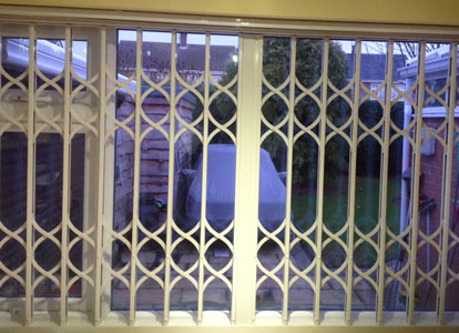 Retractable Grilles